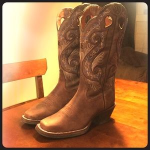 Woman's Tony Lama cowgirl boots